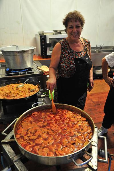 Die Zubereitung der Brodetto Fischsuppe