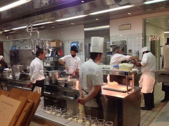Vittorio Fusari in seiner Küche