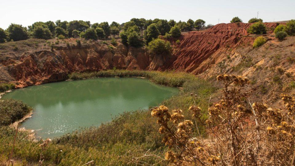 Eine ehemalige Bauxit Abbaustätte bei Otranto