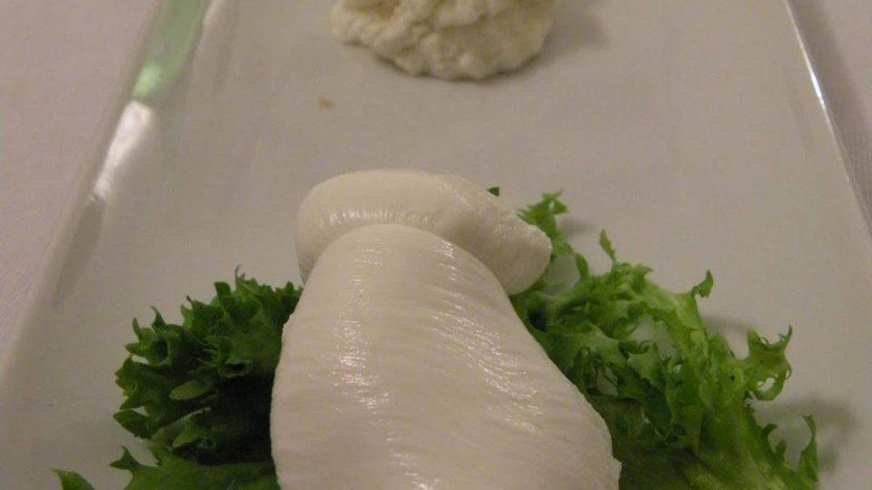 Käseplatte mit Mozzarella