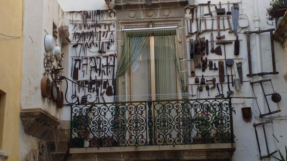 """Ein """"Eisenschmied"""" Balkon in Gallipoli"""