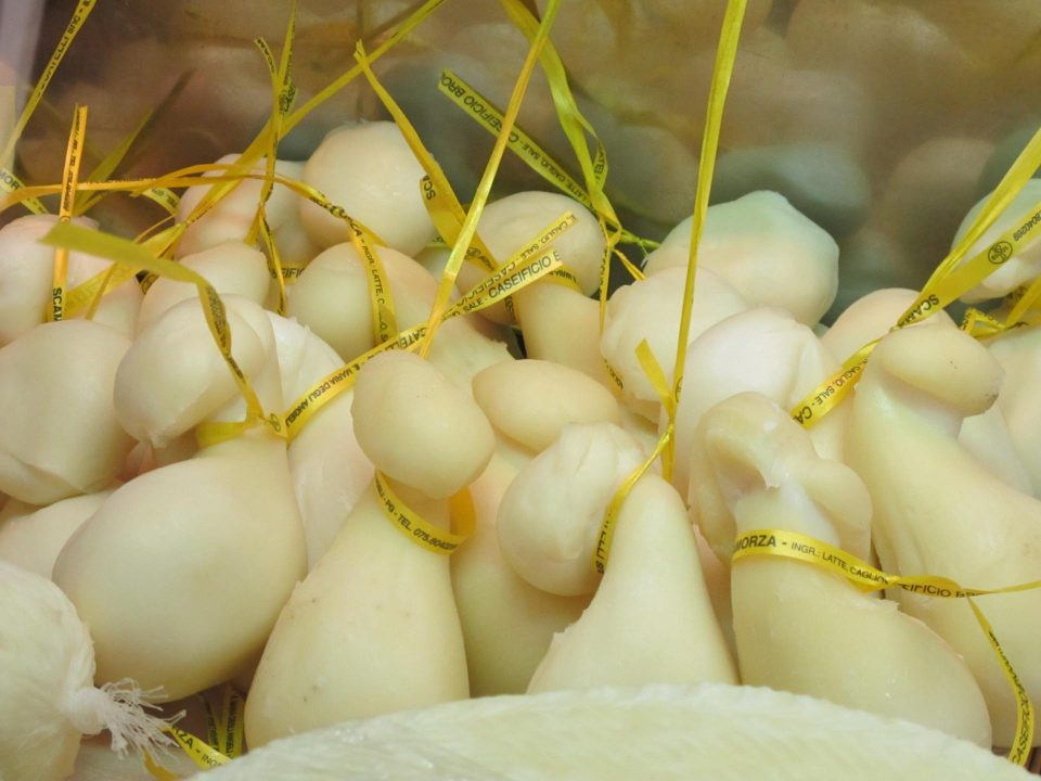 Scamorza Käse in Umbrien