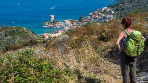 Panoramareiche Wanderung auf der Insel Giglio von Castello nach Campese.