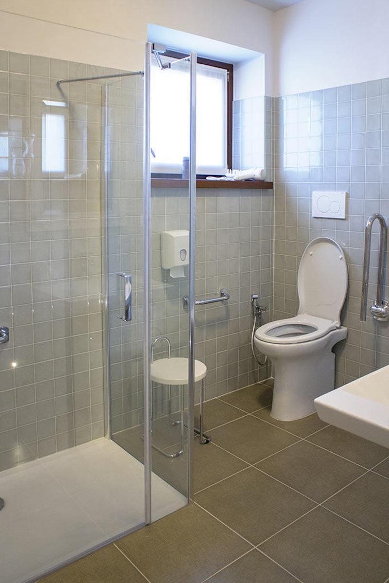Unterkunft - Familienzimmer Gelsi, das Badezimmer