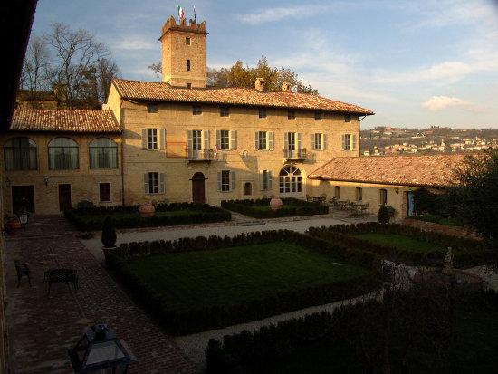 Relais du Silence Castello di Razzano im Monferrato