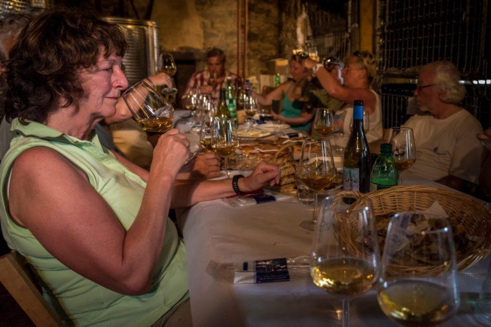 Weinverkostung bei Walter Batè