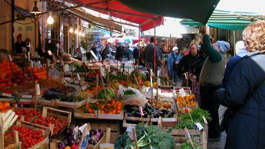 Strassenmarkt in Palermo