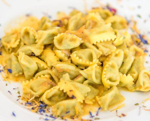"""Hausgemachte Ravioli """"del plin"""", piemontesische Spezialität"""