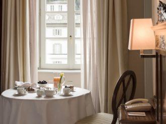 Zimmerservice im Gand Hotel