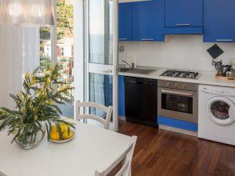Ferienwohnung in Manarola, Cinque Terre, Ligurien. Casa Fregagia, geschmackvoll eingerichtete FEWO mit Küche, Waschmaschine, Terrasse und Meerblick